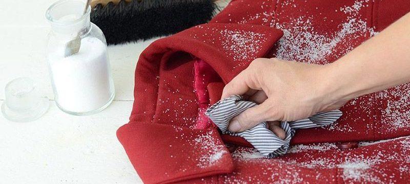 Как почистить воротник пальто из различных типов ткани