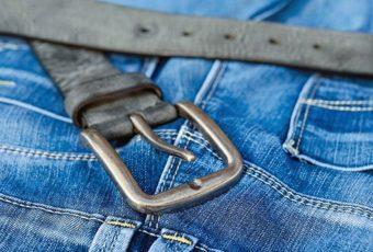 Как постирать и высушить джинсы