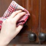 Как отмыть жир на кухонной мебели