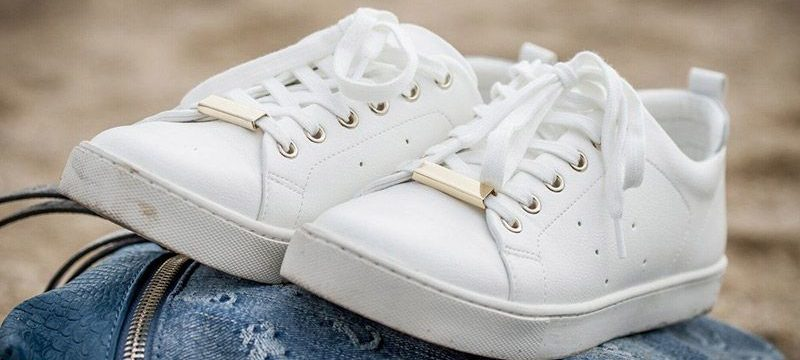 Как правильно отбелить кеды от подошвы до шнурков