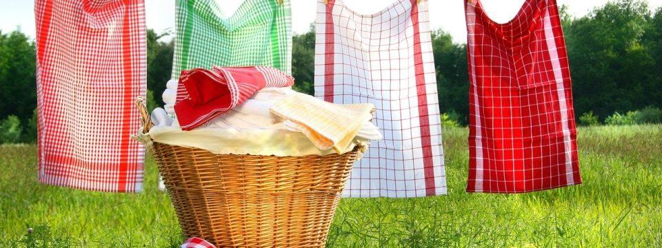 Как отстирать кухонные полотенца: старые и новые методы