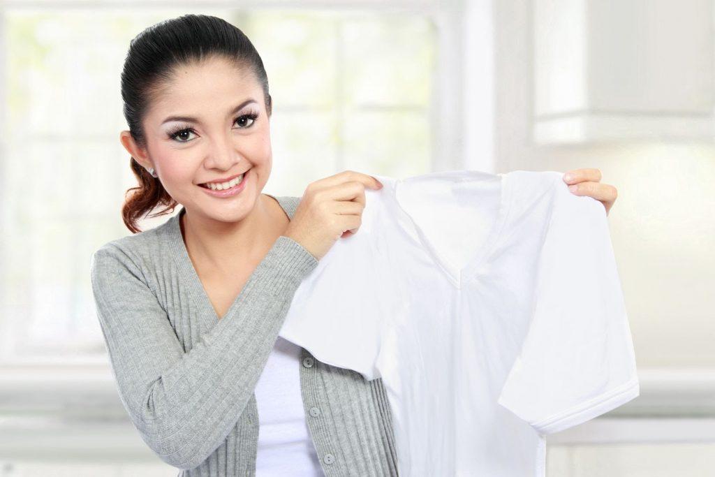 Как вернуть белизну белым вещам: лучшие способы