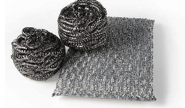 11 неожиданных лайфхаков как использовать металическую мочалку для дома
