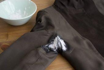 Секреты избавления от пятен пота на одежде: полезные советы