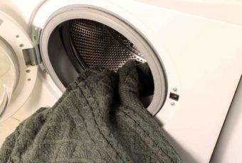 Как стирать вязанные вещи