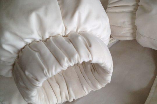 Как почистить пуховик в домашних условиях не стирая