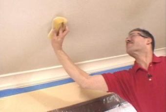 Как вывести пятна на потолке после затопления соседями