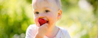 Как эффективно удалить пятна от фруктов