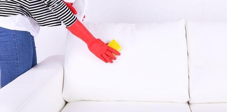 Как почистить диван в домашних условиях от пятен