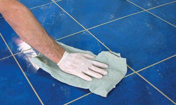 Классные способы как помыть плитку, чтобы не было разводов