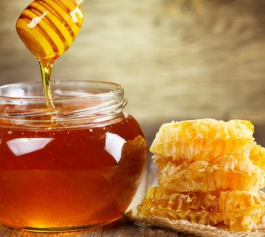 Как проверить мёд натуральный или нет в домашних условиях: простые способы