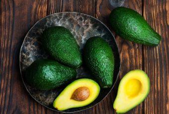 Как правильно хранить авокадо в домашних условиях, чтобы не испортился