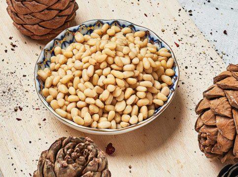 Сколько хранятся кедровые орехи?