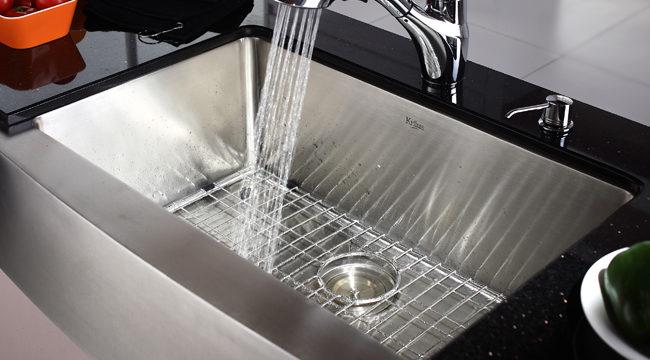 4 действенных метода, чтобы убрать запах из раковины на кухне в домашних условиях