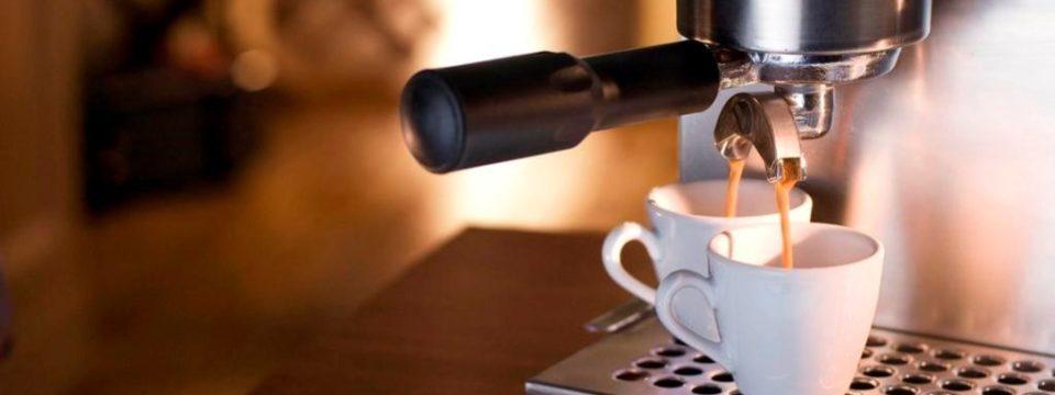 Кофеварка и кофемашина: в чем разница, что лучше для дома