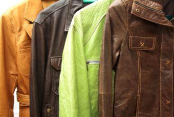 Правила стирки и чистки кожаной куртки: вручную и в стиральной машине