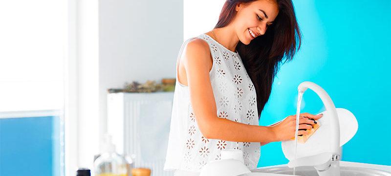 Как быстро помыть посуду: народные эффективные средства