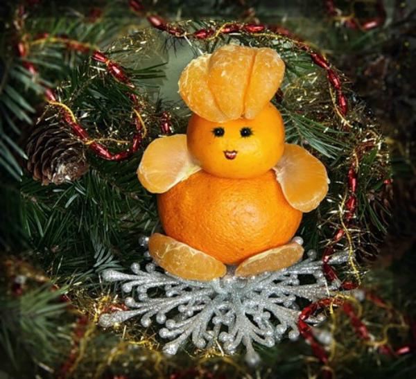Снеговик из апельсинов