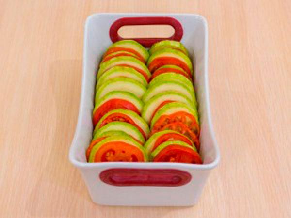 Кабачки и томаты