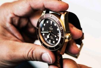 Полировка стекла часов: как и чем полировать в домашних условиях
