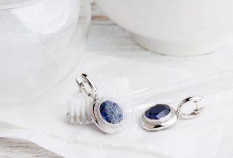 Как почистить серебро с камнями от налета