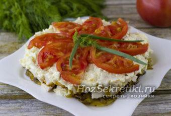 """Очень вкусный и сытный салат """"Любимый муж"""" с помидорами и копченой курицей"""