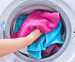 Как правильно стирать вещи в автоматической машинке