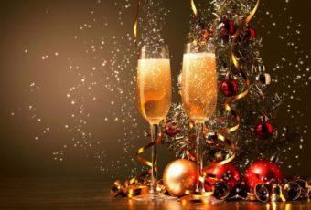 Остроумные новогодние поздравления коллегам