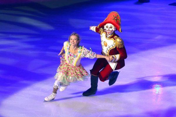 Шоу на льду Щелкунчик