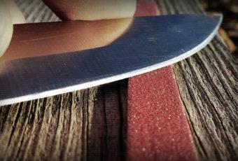 Как правильно точить и править лезвия ножей