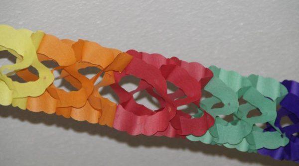 Разноцветная гирлянда