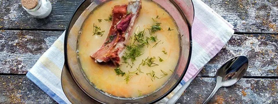 Классический рецепт горохового супа с копченостями