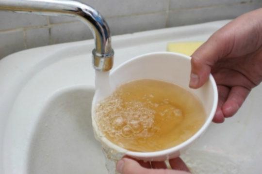 очистить воду из под крана