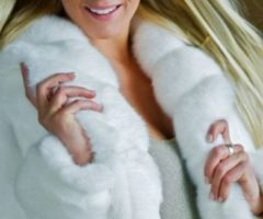 Чистка меха кролика в домашних условиях: народные средства. химические препараты, химчистка
