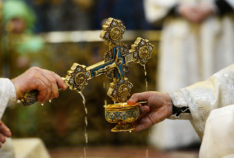 Что нельзя делать в Крещение 18-19 января?