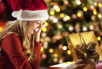 Идеи оригинальных подарков девушке на Новый год 2019