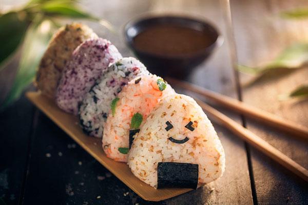 Новогодние японские онигири