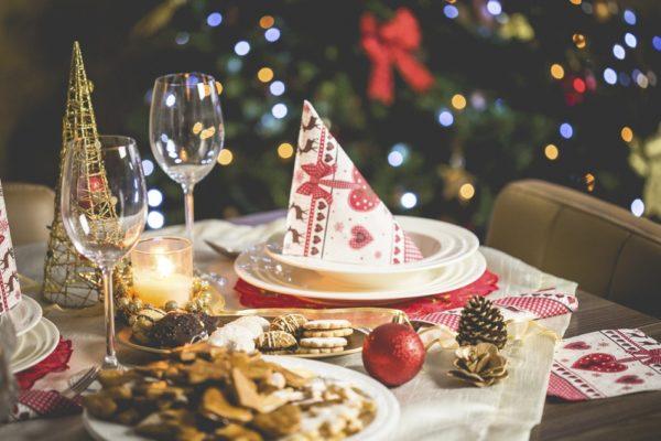 Декор для новогоднего стола 2019