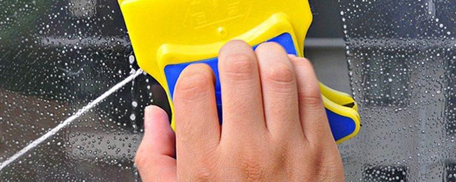 Мытье окон с двух сторон с помощью магнитной щетки