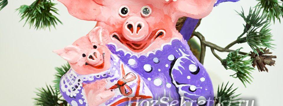 Свинка-тильда из соленого теста — елочная игрушка