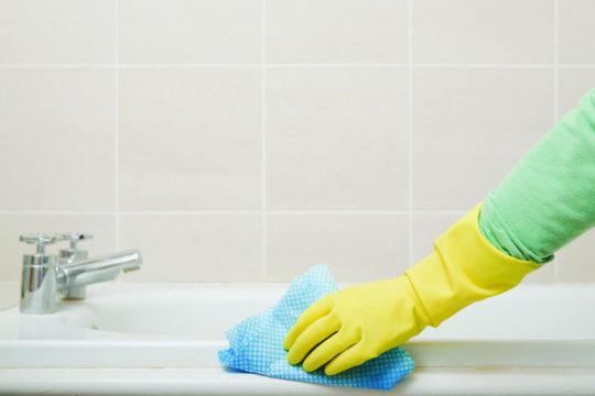чем почистить ванную комнату