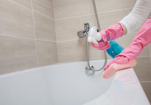 чем чистить ванну