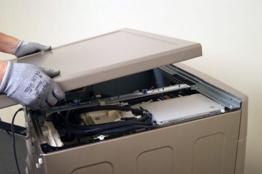 как снять верхнюю крышку со стиральной машины