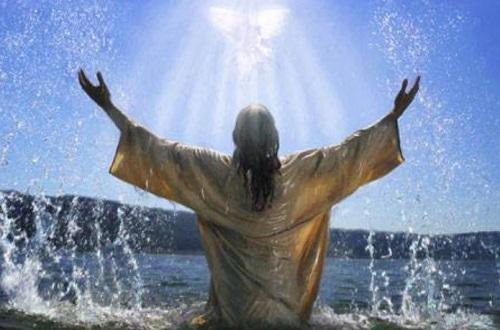 Крещенская вода из-под крана: когда набирать в 2019 году