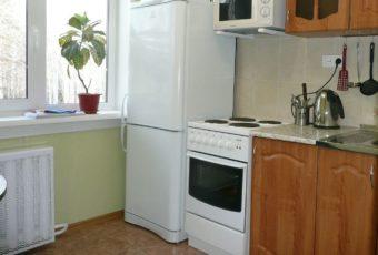 Можно ли ставить холодильник рядом с батареей: как тепло влияет на работу холодильника