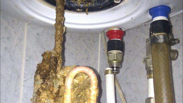 Как почистить водонагреватель от накипи
