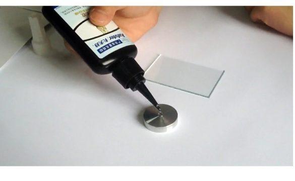 Чем склеить стекло и алюминий