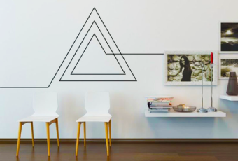 Как и чем закрыть красиво провода от телевизора на стене