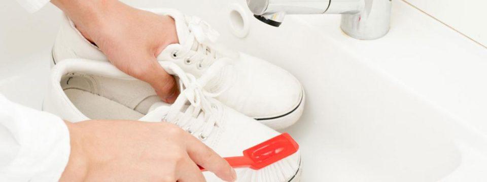 Как ухаживать за белой обувью, чтобы она всегда была как новая