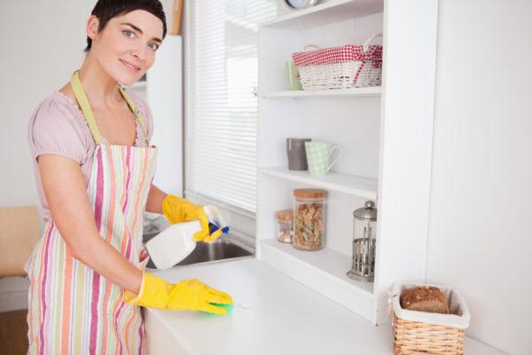 уборка шкафчиков на кухне